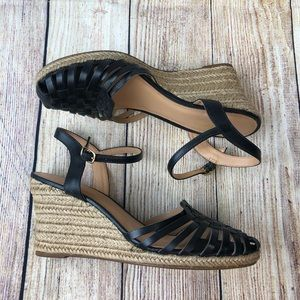 Seychelles Size 9.5 Black Leather Wedge Sandals
